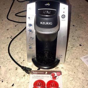 Keurig B130 coffee maker.